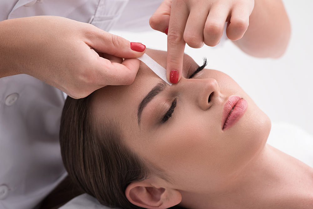 Sirius Day Spa Eyebrow Waxing